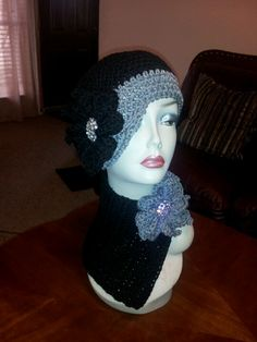 Flapper hat and neck warmer
