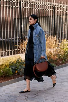 The Latest Street Style From Paris Fashion Week Paris fashion . - The Latest Street Style From Paris Fashion Week Paris fashion week street style fall 2019 Source by - Street Style Outfits, Look Street Style, Autumn Street Style, Mode Outfits, Trendy Outfits, Denim Outfits, Classy Outfits, Paris Street Style Summer, Cheap Outfits