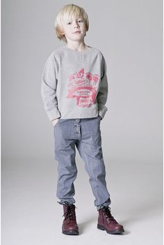 Gray denim pants by #Shampoodle. Super cool!