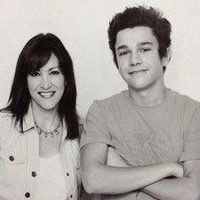 Austin mahone and mama mahone how cute