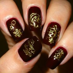 Wendy's Delights: Sparkly Nails Santa Sparkles Gold Water Decals @sparklynails