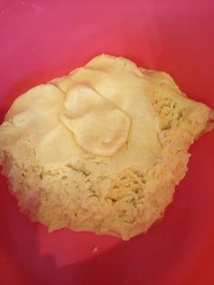 Μπισκοτάκια αφράτα με μαρμελάδα κεράσι !!! ~ ΜΑΓΕΙΡΙΚΗ ΚΑΙ ΣΥΝΤΑΓΕΣ 2 Cookie Icing, Biscuits, Pie, Cooking Recipes, Desserts, Food, Crack Crackers, Torte, Tailgate Desserts