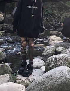Grunge Outfits, Edgy Outfits, Cool Outfits, Fashion Outfits, Grunge Fashion, Aesthetic Grunge Outfit, Aesthetic Fashion, Aesthetic Clothes, Mode Emo