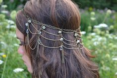 {THE ZINNIA HEADPIECE} © www.maggiesjewelrybox.com