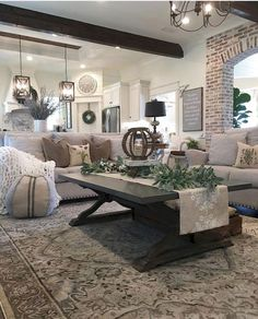43 Fascinating Farmhouse Living Room Decor With Christmas Ideas. 43 Fascinating Farmhouse Living Room Decor With Christmas Ideas. Sometimes the traditions of Christmas can become utterly boring to some people. If this is the year for a change […] Small Living Rooms, Home And Living, Living Room Designs, Modern Living, Cozy Living, Simple Living, Living Room Decor Styles, Living Room Decor Cozy, Chic Living Room