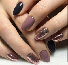 Want some ideas for wedding nail polish designs? This article is a collection of our favorite nail polish designs for your special day. Read for inspiration Teal Nails, Nude Nails, Coffin Nails, Dark Gel Nails, Neutral Nails, Nail Gel, Uv Gel, Autumn Nails, Winter Nails