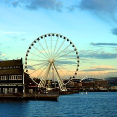 Seattle Ferris Wheel - gotta try to get there soon!  Cannot wait to go on this!