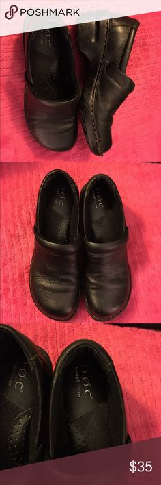 Ladies leather slip ons from BOC Born size 8 Ladies leather slip ons from B.O.C. Born in a size 8  Dine in a rich black leather. Very comfortable and in great condition. Smoke free home. Thanks for the interest and God Bless Born Shoes