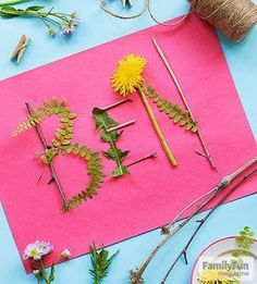 Go Green: For this ephemeral nameplate take a walk with a purpose collecting such items as leaves stems and twigs. Back home have your child write his name lightly in pencil on sturdy paper. Glue the natural items over the penciled lines. Craft Projects For Kids, Easy Crafts For Kids, Fun Crafts, Art For Kids, Art Projects, Kids Nature Crafts, Craft Kids, Camping Crafts For Kids, Preschool Summer Crafts