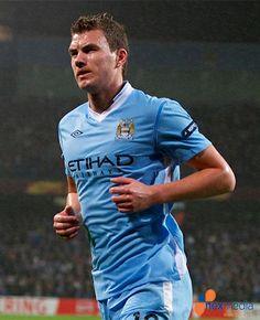 Pellegrini tegaskan City tidak akan lepas Dzeko di bursa transfer musim ini.
