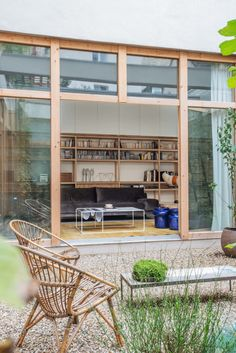 Indoor-Outdoor Living in Paris: A Windowless Warehouse Converted into a Family Loft, Central Courtyard Included (Remodelista: Sourcebook for the Considered Home) Indoor Outdoor Living, Outdoor Spaces, Interior Exterior, Interior Architecture, Modern Interior, Modern Furniture, Furniture Design, Paris Loft, Casa Patio