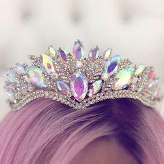 Princess P Jewelry Co. Cute Jewelry, Hair Jewelry, Jewelry Accessories, Bridal Crown, Bridal Tiara, Mode Poster, Mermaid Crown, Queen Crown, Crystal Crown