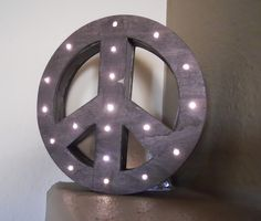 Corner Window Crafts: DIY Lighted Peace Sign