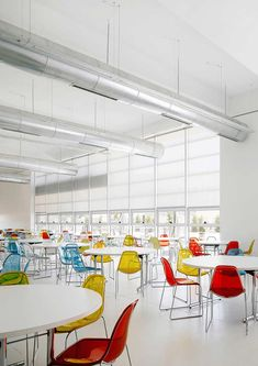 Gallery - IAA / Symbiosis Designs LTD - 13 Food court/ Canteen