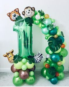 New birthday party themes balloons 68 ideas Safari Theme Birthday, Boys 1st Birthday Party Ideas, Wild One Birthday Party, 1st Boy Birthday, First Birthday Parties, Birthday Party Decorations, Jungle Theme Parties, Jungle Theme Cakes, Festa Safari Baby