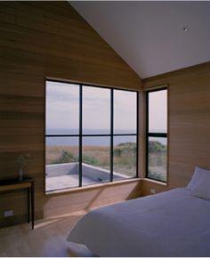 Like the corner window style