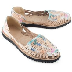 2b6e3d624e725 93 Best Mexican Sandal Huaraches images in 2019