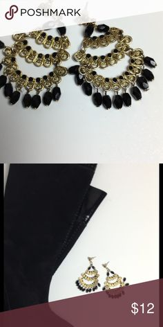 Beautiful Spanish Vintage Earrings Gold & Black Tones Earrings for Pierced Ears Boutique Accessories