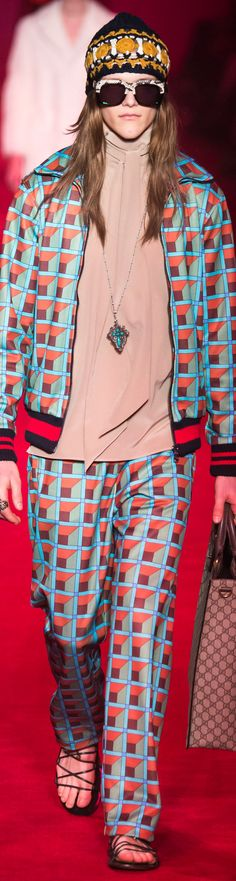 Gucci - Fall 2016 Italian Fashion Designers, Fall 2016, Personal Style, Cool Outfits, Gucci, Style Inspiration, Mens Fashion, Chic, Amazing