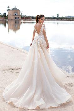 Vestidos de novia: ¿Una boda a la vista? Inspírate con estos espectaculares diseños  #bridal #wedding #bodas