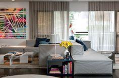 Vinte sofás confortáveis e espaçosos, ideais para você se esparramar e curtir momentos de lazer e preguiça. Matéria de CASA CLAUDIA