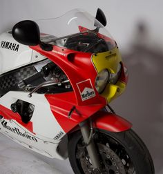 yamaha 750 Yamaha 750 can find Yamaha motorcycles and more on our website Retro Bike, Retro Motorcycle, Motorcycle Design, Motorcycle Bike, Yamaha Fzr 600, Motos Yamaha, Yamaha Motorcycles, Grand Prix, Custom Motorcycle Parts
