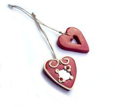 Black friday Heart Ornament Christmas by JPwithLove http://etsy.me/sagm8R via @Etsy #Black_friday #Heart #Ornament #Christmas #red #white $19