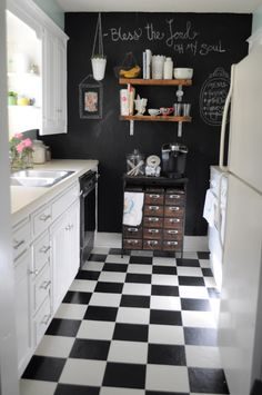 checker board floor pattern- Thinking of a black and white checkerboard floor- Living Small- Our Kitchen - This whole series is really inspiring. I want to do a chalk wall like this in our kitchen. Checkered Floor Kitchen, Checkered Floors, Kitchen Interior, New Kitchen, Kitchen Decor, Kitchen Colors, Kitchen Living, Black Kitchens, Cool Kitchens