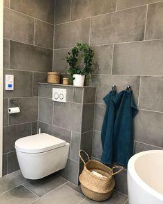 Duravit ME by Starck - pure, simple, elegant, care-free, clean and modern design by Philippe Starck. Simple Bathroom, Modern Bathroom, Ceramic Manufacturer, Modern Toilet, Bowl Designs, Duravit, Toilet Bowl, Bathroom Renos, Wet Rooms