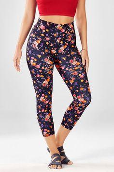 d98fd4f24f 164 Best Flower Design Leggings images | Pants, Workout outfits ...