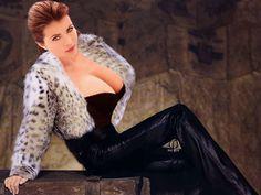 Photomontage composites Yasmine Bleeth in lynx by Roninphy Yasmine Bleeth, New York City, Amanda, Fantasy Model, Photomontage, Fur Jacket, Leather Pants, Sexy Women, Lynx