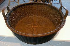 Finely Woven Shaker-Style Splint Ash Basket w/Quatrefoil Base, Eared Handles