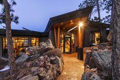 Atrium House, Boulder - 1133 Timber Ln, Boulder, CO 80304 #mansion #dreamhome #dream #luxury https://mansionhomes.co/dream/atrium-house-boulder/