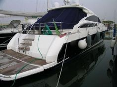 Princess V70 HT - http://boatsforsalex.com/princess-v70-ht/ -                                    US$963,830  Year: 2006Length: 70'Engine/Fuel Type: TwinLocated In: CroatiaHull Material: FiberglassYW#: 73271-2532534Current Price: EUR700,000 (US$963,830) - SCAFO BLU.- FLAPS.- GRANDE PLANCETTA DI POPPA IDRAULICA.- ELICHE DI ...