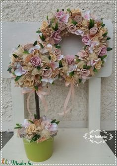 Tavaszi pasztell szett (fabkata) - Meska.hu Topiary, Floral Wreath, Wreaths, Spring, Home Decor, Floral Crown, Decoration Home, Door Wreaths, Room Decor