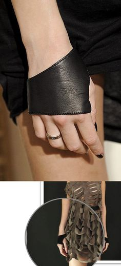 "Enania Velcani leather ""gloves"""