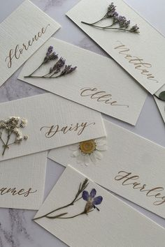 If you're looking for a unique way to incorporate natural elements into your wedding details, don't miss these pressed flower wedding finds from Etsy! Used Wedding Decor, Table Wedding, Wedding Ideas, Flower Places, Wedding Name Cards, Pressed Flower Art, Flower Invitation, Flower Bouquet Wedding, Bridal Bouquets