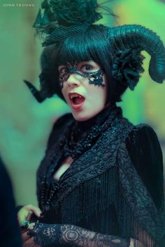 Labyrinth of Jareth Masquerade Ball 2015 http://geekxgirls.com/article.php?ID=5344