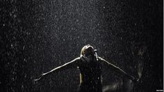 Paloma Faith put in a spectacular performance of Only Love Can Hurt Like this while singing in the rain