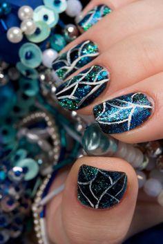 glitter nails, holiday nail designs