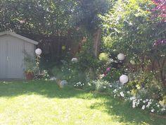 Jardin printanier festif