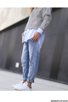 Tommy Hilfiger shirt, H&M boyfriend jeans, H&M striped jumper, Adidas Stan smith.