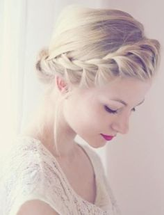 Plaits (or braids if you rather) have been spotted on many a 2014 bridal catwalk and are the perfect laid back wedding hairstyles.