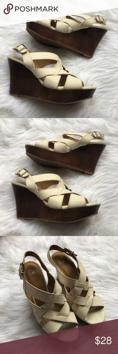 Gianni Bini Cream Wedges W/ Wood Heel These Gianni Bini wedges are the perfect color scheme and heel for every occasion . They are a size 10 and amazing condition. Thank you for looking! Gianni Bini Shoes Wedges