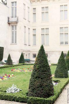 Hidden garden in Le Marais by Paris in Four Months