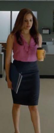 Rachel Zane pink top