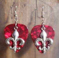 Fleur De Lis Earrings. Silver Christian by CraftyCutiesbyDesign