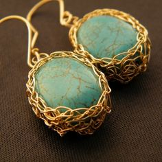 wire wrapping design idea.. looks like mini bird nests.. i believe this is made by wire crocheting..