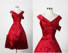 HARVEY BERIN 1950s Vintage New Look Shelf Bust Silk Dark Red Cocktail Party Dress