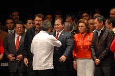 El Gobernador de Veracruz, Javier Duarte de Ochoa, asistió a la toma de protesta del nuevo dirigente nacional de la Confederación Nacional Campesina (CNC), Gerardo Sánchez García, el cual fungirá como líder campesino para el periodo de 2011-2013.